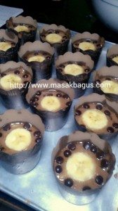 Eggless Moist Choco Banana Cupcakes