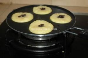 Kue lumpur kentang dengan kismis