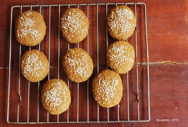 roti ganjel rel aka roti gambang