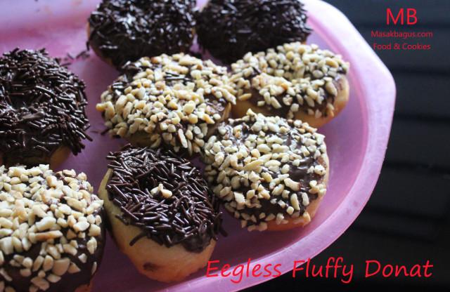 EGGLESS FLUFFY DONUT
