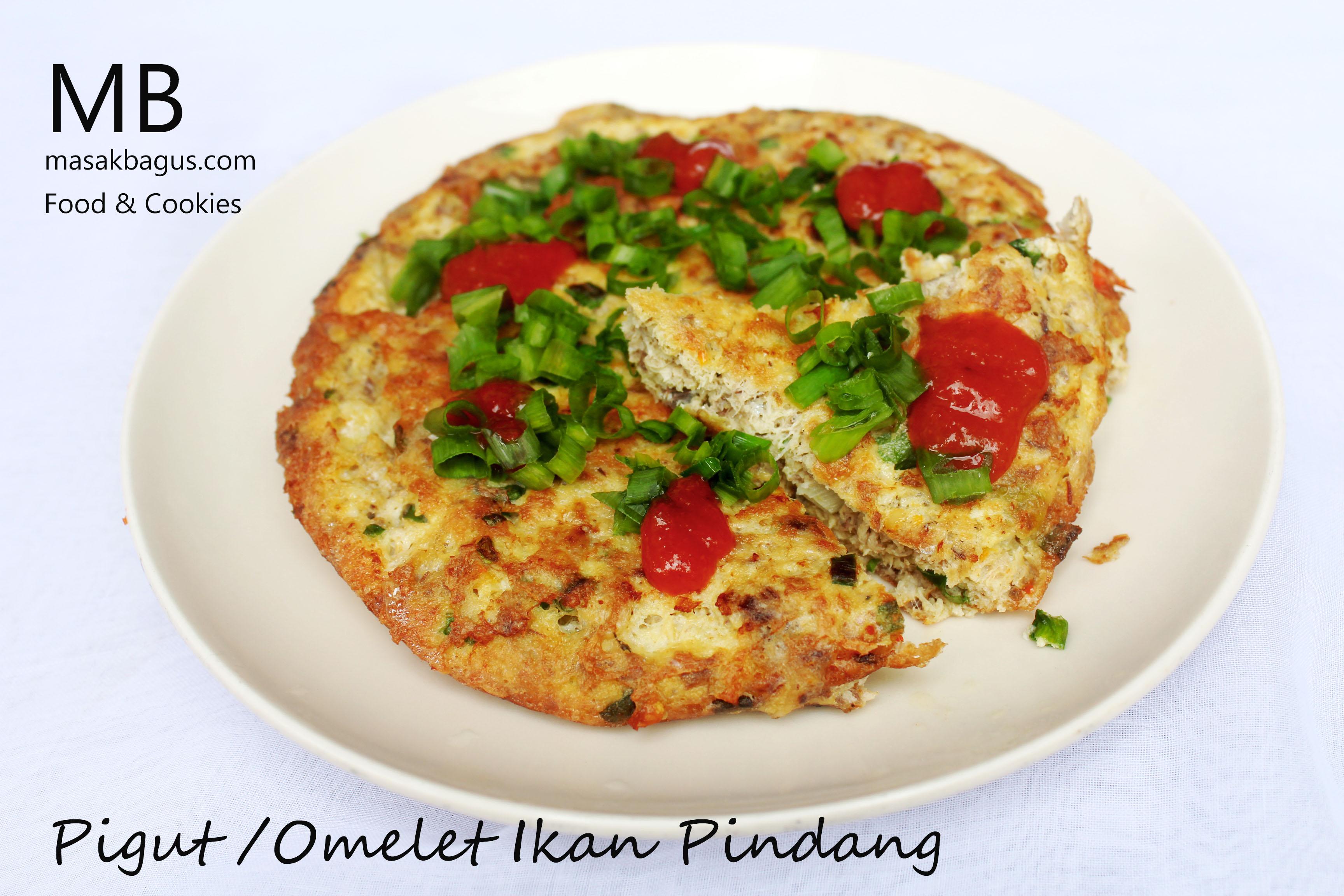 pigut ( omelet ikan pindang)
