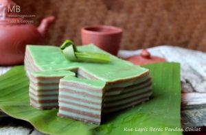 kue lapis beras pandan coklat